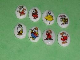 Série De Fèves Complète : Blanche Neige Et Les 7 Nains , Dragée - Disney