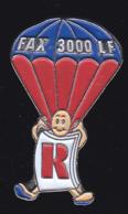 63102 -Pin's.Ricoh Fax 3000 LF.. Photo.parachute... - Fotografie