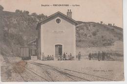 CPA Pont-en-Royans - La Gare (avec Jolie Animation) - Frankreich