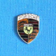1 PIN'S //  ** LOGO / PORSCHE ** - Porsche
