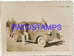 130544 ARGENTINA AUTOMOBILE OLD CAR AUTO SEDAN AND MAN'S 9 X 6.5 CM PHOTO NO POSTAL POSTCARD - Ansichtskarten