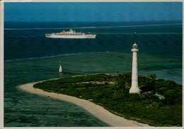 NOUVELLE CALEDONIE... PHARE ET BATEAU....CPM ...... - Nouvelle Calédonie