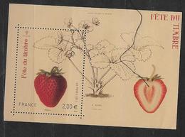 France 2011 Bloc Feuillet N° F4535 Neuf Fête Du Timbre, Fraise à La Faciale + 10% - Blocs & Feuillets