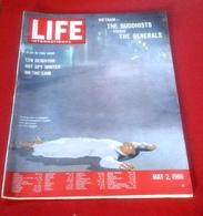 LIFE International Mai 1966 Vietnam Bouddhistes Conte Généraux,Université St Andrews,Sibérie - Revues & Journaux