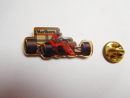 Beau Pin's , Auto , F1 Ferrari , Shell , Tabac Marlboro - Ferrari