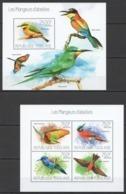 TG753 2013 TOGO TOGOLAISE FAUNA BEE-EATERS BIRDS LES MANGEURS D'ABEILLES KB+BL MNH - Oiseaux