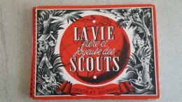 ALBUM CHROMOS SUCHARD COMPLET LA VIE Fière Et Joyeuse Des SCOUTS-Texte Marie JADE-Illustrations Piere JOUBERT - Scouting