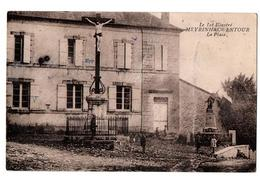MEYRINHAC LENTOUR LA PLACE ANIMEE - France