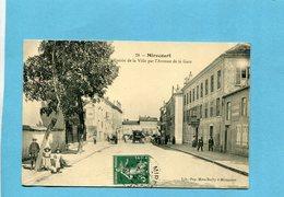 MIRECOURT  Entrée Par Avenue De La Gare---beau Plan -animé    -a Voyagé En 1910-édition Mme Bailly - Mirecourt
