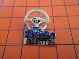 720 Pin's Pins / Beau Et Rare / THEME : SPORTS : AUTOMOBILE F1 FORMULE 1 VOLANT CGP - Automobile - F1
