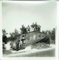 Foto/Photo. Militaria. Char /Tank. Reims. - Guerre, Militaire