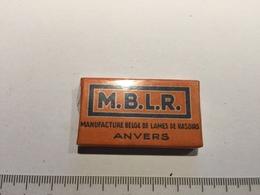 20E - Pochette Complète M.B.L.R. Manufacture Belge De Lames De Rasoirs Anvers Extra Mince - Scheermesjes
