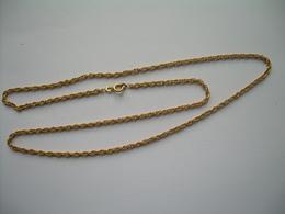 Grande CHAINE En PLAQUE OR  (poinçon)..longueur 60 Cm - Colliers/Chaînes