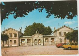 Yvelines :  CROISSY  Sur  SEINE : Vue ,place D'  Aligre - Croissy-sur-Seine