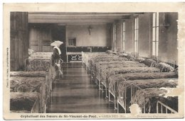 L130A_120 - Gamaches - Orphelinat Des Soeurs De St-Vincent-de-Paul - Dortoir Des Orphelines - Francia
