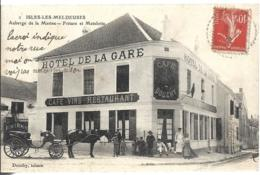 D77 - ISLES LES MELDEUSES-AUBERGE DE LA MARINE-FRITURE ET MATELOTTE-Plusieurs Personnes Et Enfants-Calèche-Hôtel La Gare - Other Municipalities