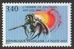 France Neuf Sans Charnière 1992 Histoire Préhistoire Homme Préhistorique Javelot YT 2759 - Francia