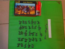 Figurines1/72 Caesar Miniatures-history 028  Aztec Warriors - Small Figures