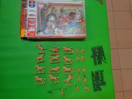 Figurines1/72 ORION  ORI 72007 Polish Winged Hussars - Figurines