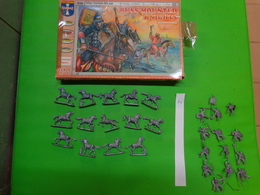Figurines1/72 ORION  ORI 72033 Russ Mounted Knights - Figurines