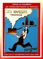 """SUPER PIN'S Arthus BERTRAND : L'Affiche De """"SAVIGNAC"""" Pour Le RESTAURANT """"LES VAPEURS De TROUVILLE Zamac Or N° 0711 - Arthus Bertrand"""