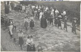 609 - BELGIQUE - CINEY - Procession  Fête Dieu En 1909 - Ciney