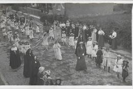 610 - BELGIQUE - CINEY - Procession Fête Dieu En 1909 - Ciney