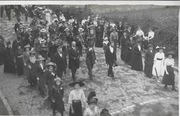 613 - BELGIQUE - CINEY - Procession  Fête Dieu En 1909 - Ciney