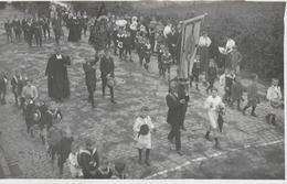 614 - BELGIQUE - CINEY - Procession  Fête Dieu En 1909 - Ciney