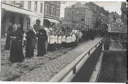 615 - BELGIQUE - CINEY - Procession  Fête Dieu En 1909 - Ciney