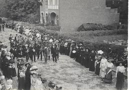 618 - BELGIQUE - CINEY - Procession  Fête Dieu En 1909 - Ciney