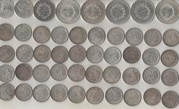 Lot De 48 Monnaies En Argent: 5 50F Hercule,1 10F Hercule,2 100F, 40 5 F Semeuse. Près De 700Grs D'argent - France