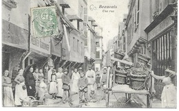 """60 - BEAUVAIS - """" Une Rue """" Très Animée - Cordonnier Meunier - Vin, Eau De Vie En Gros - Circulé 1908 - N° 11 - - Beauvais"""
