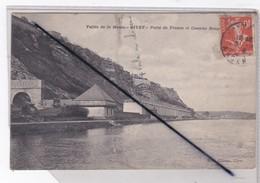 Givet (08)Porte De France Et Caserne Rougé - Vallée De La Meuse - Givet