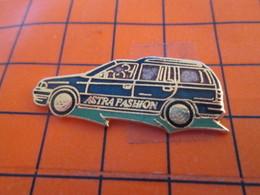 820 Pin's Pins / Beau Et Rare / THEME : AUTOMOBILES / OPEL ASTRA FASHION Mmmmmmmmmmmmmmmmmouais !!! - Opel