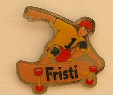 SP43 Pin's Skate Skateboard Fristi Achat Immédiat - Skateboard