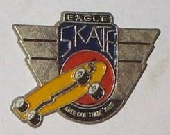 SP43 Pin's Skate Skateboard EAGLE  Achat Immédiat Immédiat - Skateboard