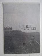 """REIMS """"La Grande Semaine""""  - Demonstration Aviateur LATHAM - Photographe Precurseur - Coupure De Presse De 1909 - Photography"""