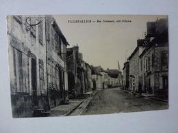 CPA, VILLEVALLIER, RUE NATIONALE CÔTE VILLECIEN, VOIR SCAN - France