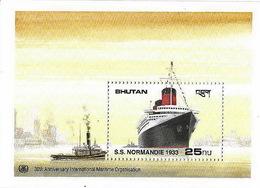PAQUEBOT NORMANDIE- SS NORMANDIE- Timbre BHUTAN - Bateaux