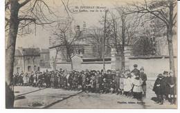 EPERNAY Les Ecoles, Rue De La Cité - Epernay