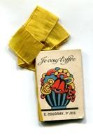 T - Calendrier 1925 De La Parfumerie Coudray Agrémenté D'un Ruban Jaune (2 Scans) - Calendriers