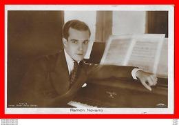 CPA  ACTEURS De Cinéma.  Ramon NOVARRO. Acteur, Réalisateur Et Producteur, Compositeur Mexicain, Piano...CO 915 - Actors