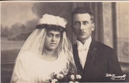 AK Foto Brautpaar Hochzeit - Atelier Grunewald, Oberneukirch - Ca. 1920 (47806) - Hochzeiten