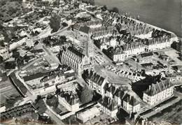 """CPSM FRANCE 76 """"Caudebec En Caux, L'Eglise Et Les Nouveaux Immeubles"""" - Caudebec-en-Caux"""