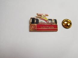 Superbe Pin's En Zamac , Auto , F1 , Shell Lubrifiants , N° 0106 - F1