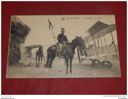 MILITARIA - ARMEE  BELGE  -  La Garde De  L'aéroplane - Materiaal