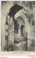 46.  CARENNAC . Portail De L'eglise .  CPA Animée . - Other Municipalities