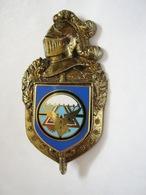 RARE ANCIEN INSIGNE DE LA GENDARMERIE NATIONALE LE GSIGN (FOND BLEU) ETAT EXCELLENT - Police & Gendarmerie