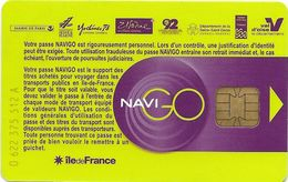 CARTE A PUCE CHIP CARD TRANSPORT METRO AUTOBUS TRAMWAY CARTE NAVIGO PARIS RÉGION N° SUR COTE GAUCHE - Biglietti Di Trasporto
